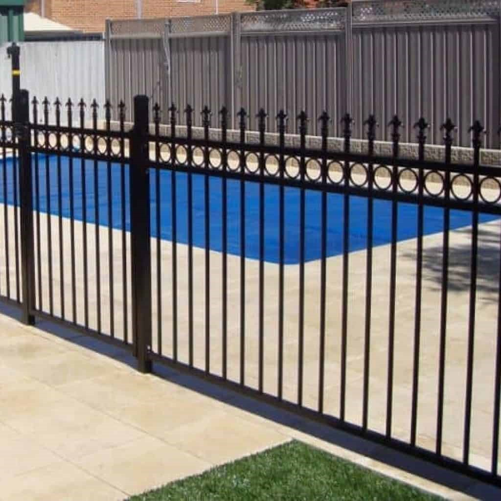 Palisade fencing prices